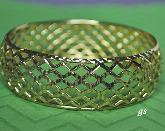 Vintage Bangle, Gold Tone, Mesh Bangle, Gold Bangle, Wide Bangle, Vintage Bracelet, GS381