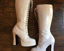 """Vintage White Dallas Heights by Mooi lace up platform patent leather boots with chunky 5"""" heel women's size 8"""