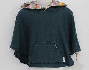 Merino Sweatshirt Poncho - size 4
