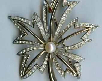 Large Signed R. Mandle Vintage Open Leaf Rhinestone Brooch with Pearl