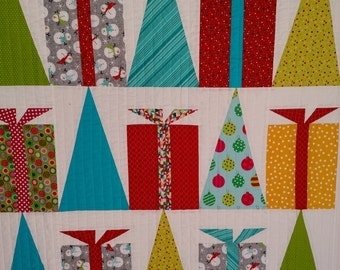 Modern Hip Holiday Christmas Wall Hanging, Lap Quilt, Contempory Quilt