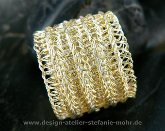 double wire crochet ring - single- or bi-color