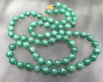 Aventurine beaded necklace, long jade green Chinese export, original vermeil box clasp