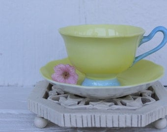 Royal Albert, Pastella: pretty Cup and saucer yellow and pale blue set