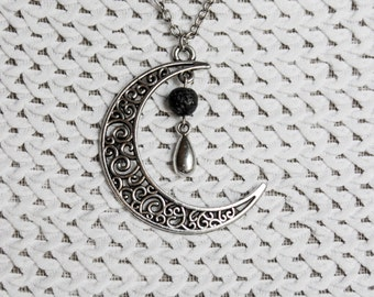 Lavaperle//Moon necklace with lava bead