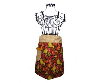 Apron Tomatoes motif-Kitchen-Gift-Vintage-Mother's Day-OficinaDartesa*Craftswoman Shop