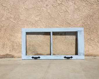 Chabby Chic Distressed Window Frame Annie Sloane Louis Blue / Old White Paint