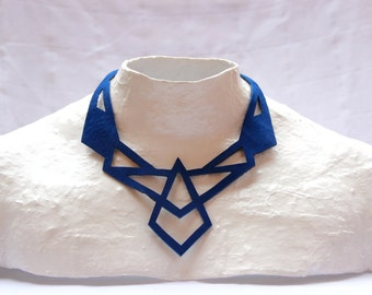 Necklace TRIANGLE 05