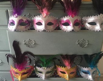 25 Mardi Gras Masquerade Halloween feather party favor weddings decorations masks New Year's Eve lot