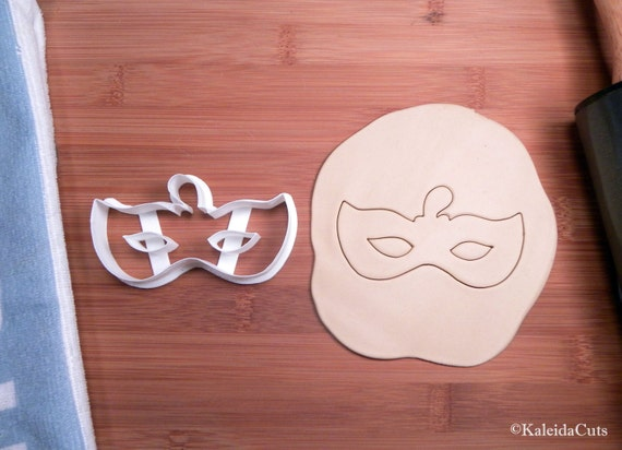 Mask Cookie Cutter. Mardi Gras Cookie Cutter. 3D Printed. Masquerade cookie cutter. Mask Cookie ...