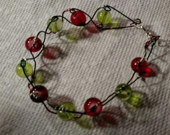 Delicate Femine Beaded Bracelet