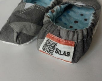 Personalized Baby Boy Booties-Grey on Gray Chevron, Blue Polka Dot Lining