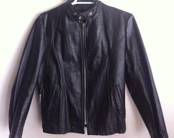 Biker Short Vintage Black Genuine Soft Leather Jacket Men's Size Medium.