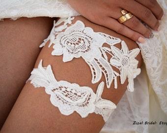 Ivory Wedding Garter, Bridal Garter, Wedding Garter Set, Garter Set, Wedding Clothing, Garter, Ivory Lace Garter, Handmade Garter, Garters