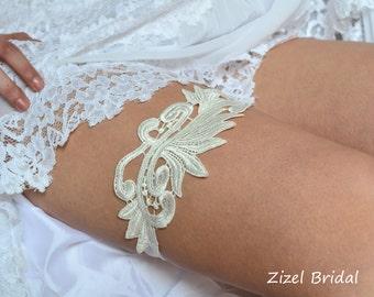 Ivory Garter, Bridal Garter Set, Wedding Garter Set, Ivory Wedding Garter, Wedding Clothing, Ivory Lace Garter, Handmade Garter, Garter Set