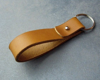 Leather keychain, Brown leather key fob,  Key holder, Rustic  Key ring , Handmade accessories