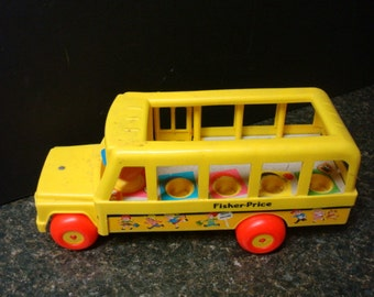 Vintage Fisher Price School Bus - No. 192 - 1984 - Mexico