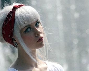 Winter White Hair Chalk - Salon Grade - Temporary - Non-Toxic