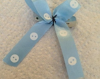 Baby button bow