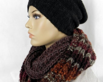 LOOP * neck * chunky-knit * 2 colours Brown * Handmade * wool *.