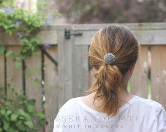 Pompom ponytail holder | Elastic pompom | Ponytail holder | Pompom hair ties // Made in Canada