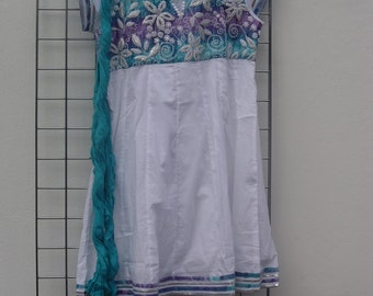 Manalgiri Printed with Embroidery Tunic with matching Scarf