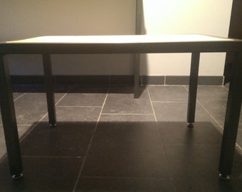 Table low style industry
