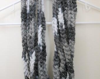 Crochet Infinity Sashay Chain Scarf