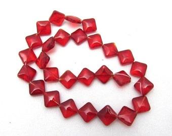 1 Strand Red Transparent Glass Rhombus Beads (B4)