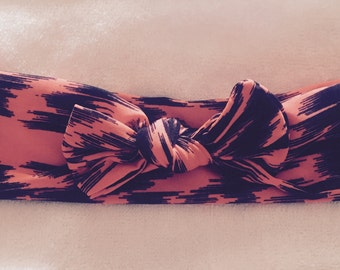 Black & Neon Top Knot