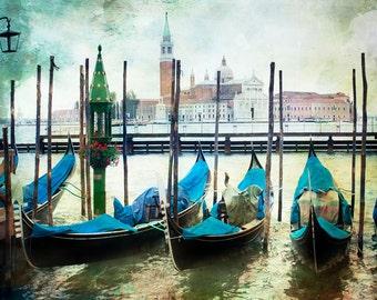 Venice Italy, Gondola Print, Venice Canal Photograph, Gondola Photo Italy, Textured Gondola Scene, Italy Art, Gondola Canal Decor