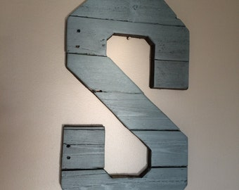 Custom wooden letter made from reclaimed pallet wood