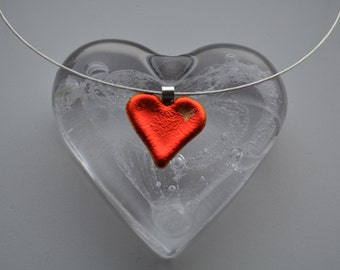 Heart pendant on sterling silver neckwire