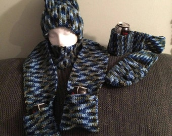 Beer mitts with matching hat and beer scarf.
