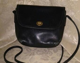 Vintage Coach Black Leather Cross Body bag