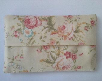 Pocket travel handbag tissue holder pouch vintage shabby