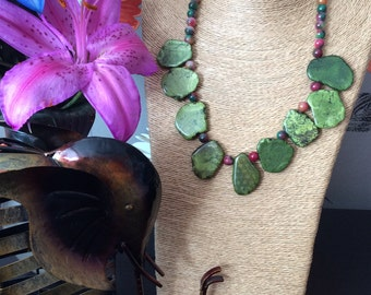 Green turquoise slab and kunzite bead necklace