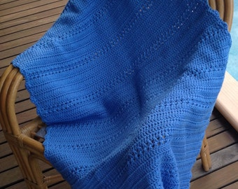 Crotchet knee blanket