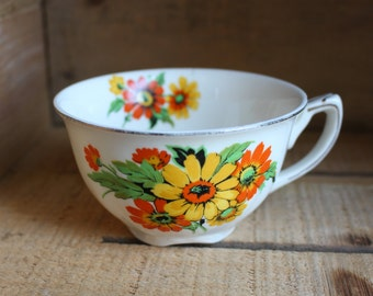 Vintage ceramic teacup orange and yellow flowers - Vintage tea cup - Vintage Cup - Old cup - Romantic teacup - Retro teacup - Orange Rétro