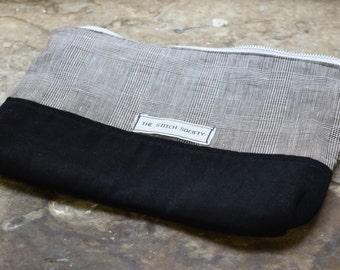 Black and Linen Check Project Bag