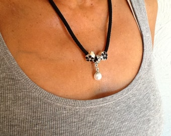 Beautiful necklace noir with European beads
