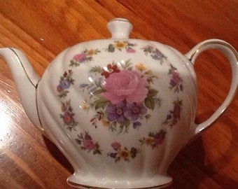 Vintage Sadler made in England Teapot - Small EUC