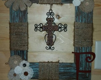 Rustic wall picture frame