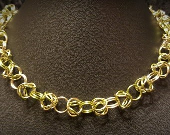 Byzantie Chainmaille Necklace - Olive/Gold