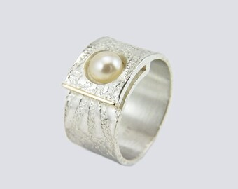 Ring with Pearl - 925 Silver / 750 gold