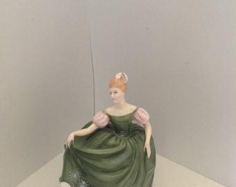 Vintage Royal Doulton Michele HN 2234 figurine circa 1966