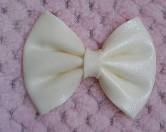 Bow/furniture applique/ribbon/embellishment