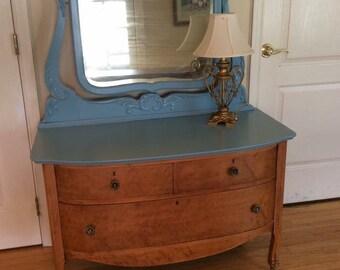 Princess Dresser with mirror