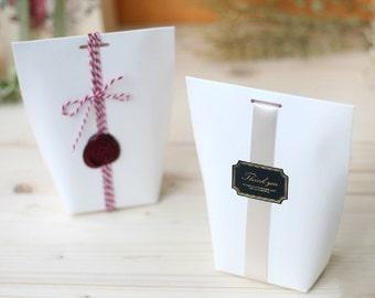 3 off white gift boxes, wedding favor boxes, bridal shower favor boxes, gift boxes,white color boxes, unique boxes,cute boxes
