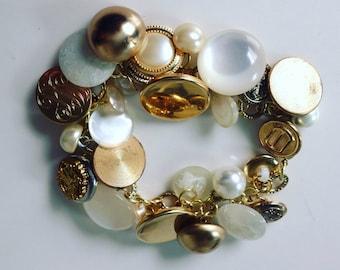 Flirty Bracelet Vintage Buttons